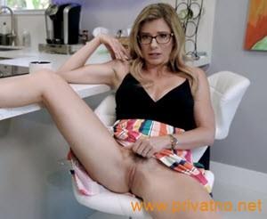 Filmovi matorke erotski Besplatni porno